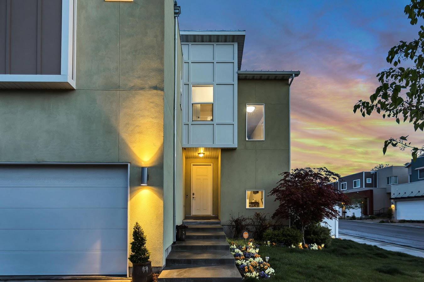 exterior with lights eavesthrough installers